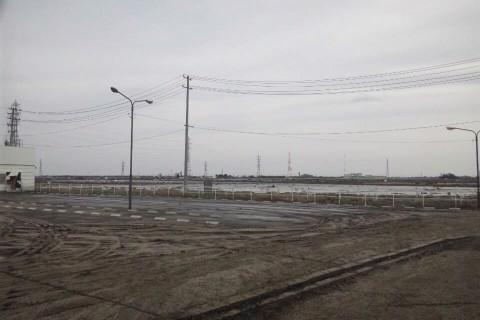 津波が引いた後の仙台市宮城野区岡田付近