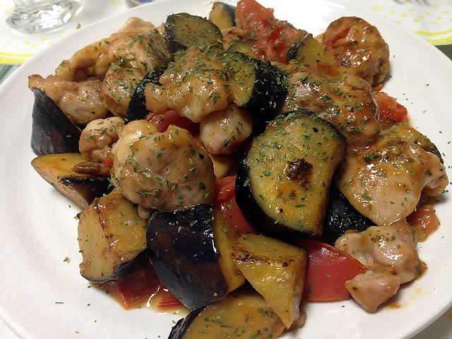 鶏胸肉と茄子とトマトのソテー