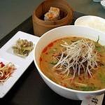口福吉祥 ?龍の担々麺(本日の麺セット)