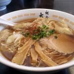 今年二杯目「麺房大喜」の海・醤油ワンタン麺
