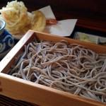 手打ちそば草太の「東根そば(小盛)+天ぷら3点盛り」