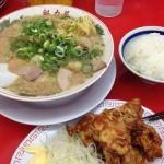 ラーメン魁力屋仙台南店で唐揚げ定食