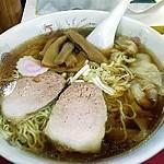 八千代軒ワンタン麺